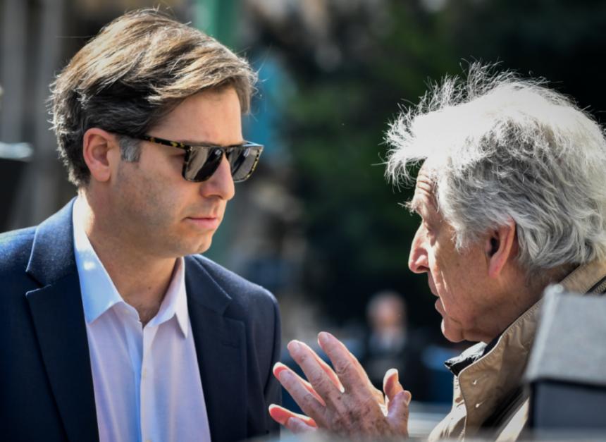 Αλέξανδρος Μπουρδούμης: Η γνωριμία με τον Κώστα Γαβρά και ο ρόλος του Αλέξη Τσίπρα | tlife.gr