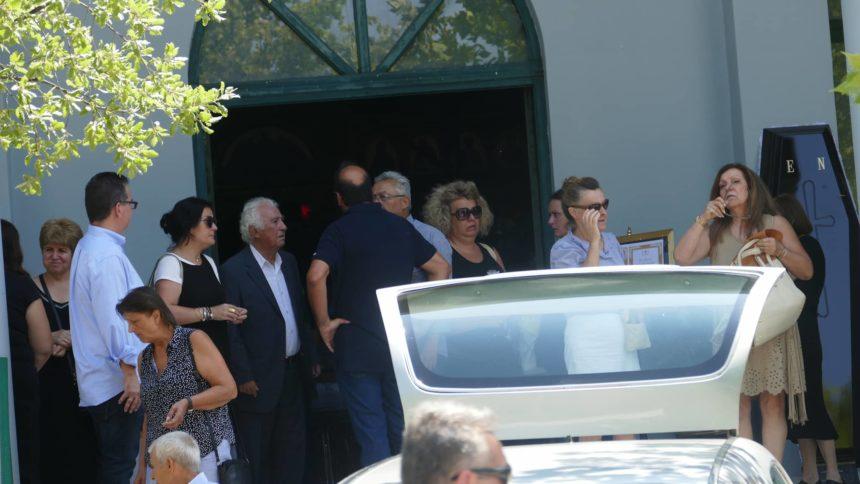 Κηδεύτηκε στη Λάρισα η ηθοποιός Ελισάβετ Ναζλίδου | tlife.gr