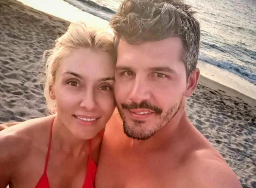 Μαρία Φραγκάκη - Νίκος Μάρκογλου: Το beach party με επώνυμους φίλους λίγο πριν τον γάμο τους [pics]
