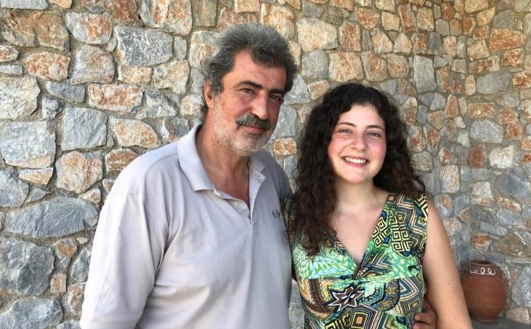 Περήφανος πατέρας ο Παύλος Πολάκης! Η κόρη του πέρασε στην ιατρική