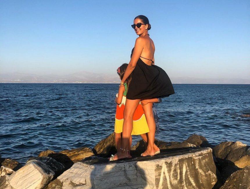 Σταματίνα Τσιμτσιλή: Το ταξίδι εξπρές στην Βαρκελώνη και το παράπονο που έχει από τις κόρες της [pics] | tlife.gr