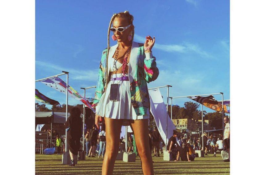 Τάμτα: Το ταξίδι με τον σύντροφό της συνεχίζεται! Με άψογο στυλ σε μουσικό φεστιβάλ στο L.A | tlife.gr