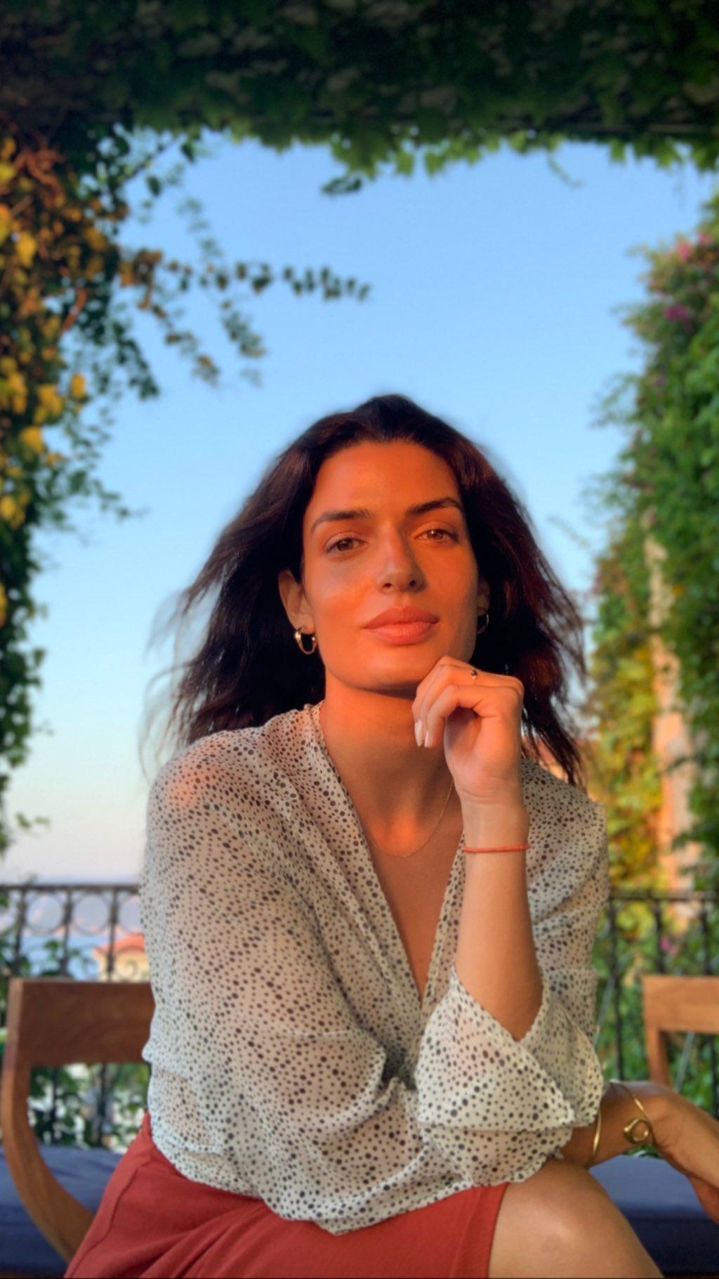 Τόνια Σωτηροπούλου: Απόδραση στην Κεφαλονιά με τον Κωστή Μαραβέγια! [pics,video]