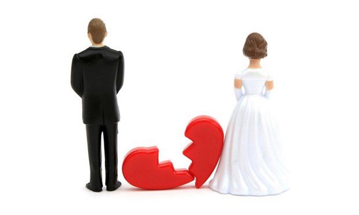 Έλληνας τραγουδιστής χώρισε μετά από επτά χρόνια γάμου | tlife.gr