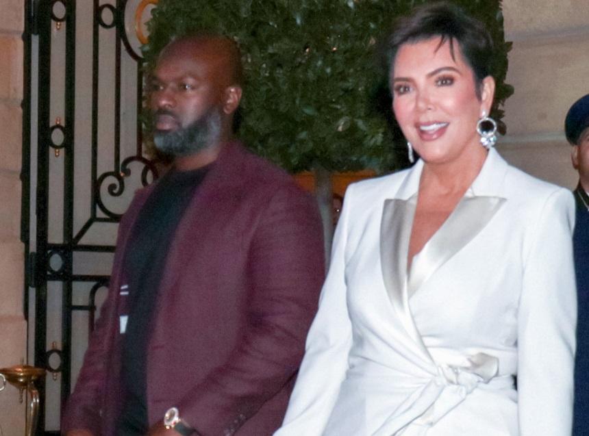 Kris Jenner: Η chic εμφάνιση της μητέρας των Kardashians στο πλευρό του 38χρονου συντρόφου της στο Παρίσι! [pics] | tlife.gr