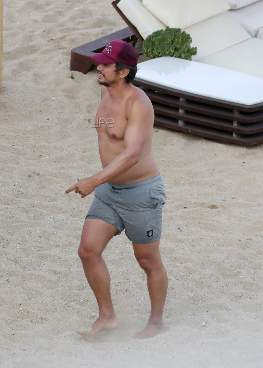 James Franco: Δεν θύμιζε σε τίποτα χολιγουντιανό σταρ σε παραλία της Μυκόνου! [pics]
