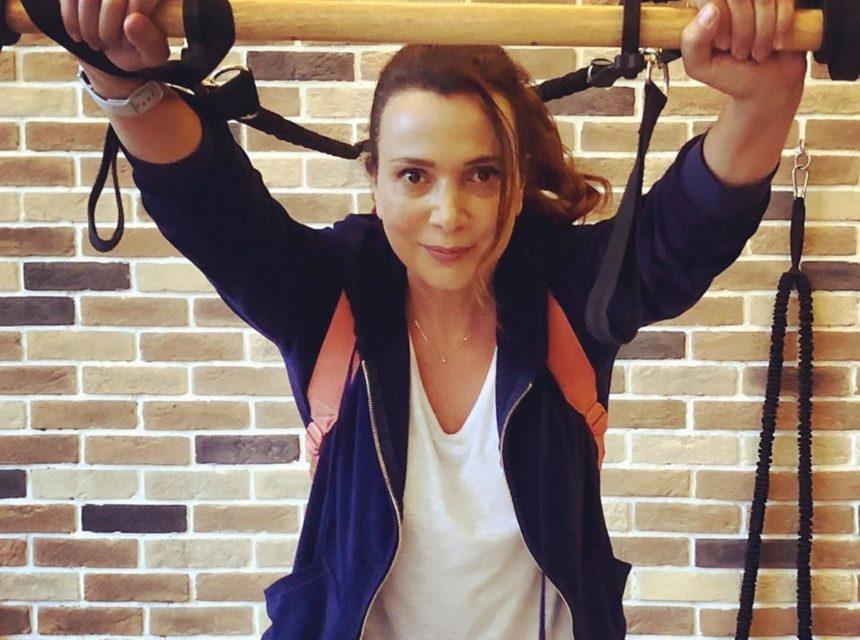 Χριστίνα Αλεξανιάν: Το καλοκαίρι συνεχίζεται για την ηθοποιό – Οι βόλτες με φίλους και οι βουτιές στη Σκιάθο   tlife.gr