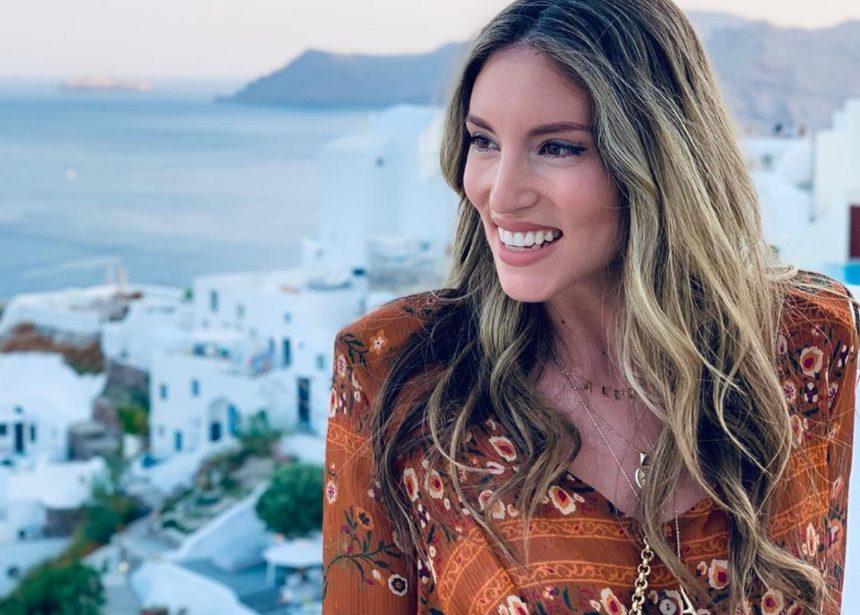 Αθηνά Οικονομάκου: Ποζάρει χωρίς φίλτρα και μακιγιάζ και είναι υπέροχη!