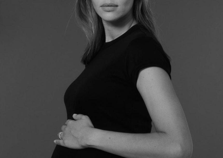 Πασίγνωστη καλλονή αποκάλυψε τη δεύτερη εγκυμοσύνη της! | tlife.gr
