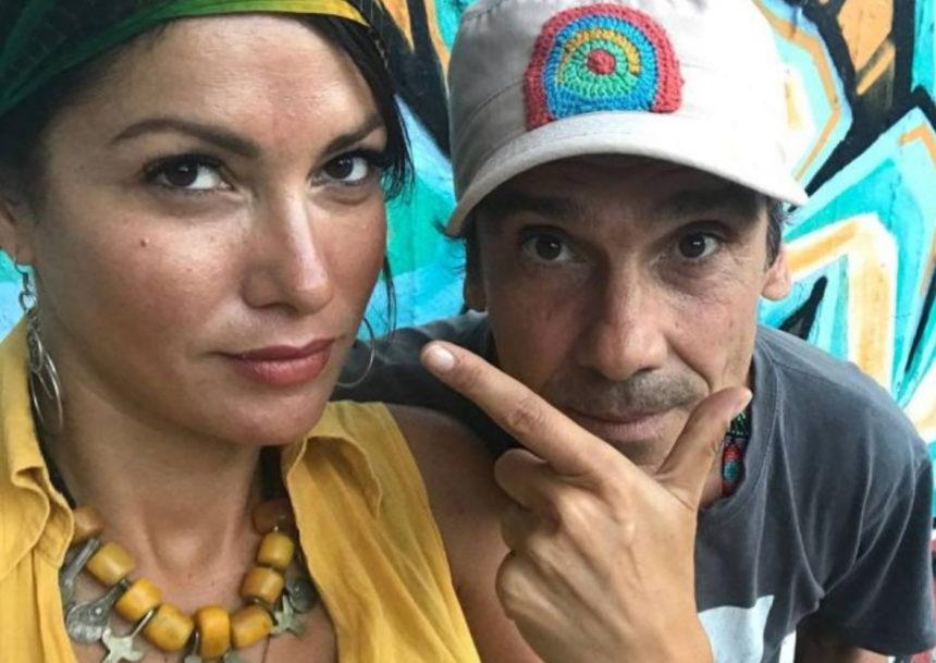 Βόμβα από την Κλέλια Ρένεση: «Ο Manu Chao δεν είναι συμβίος μου, ούτε πατέρας του παιδιού μου»