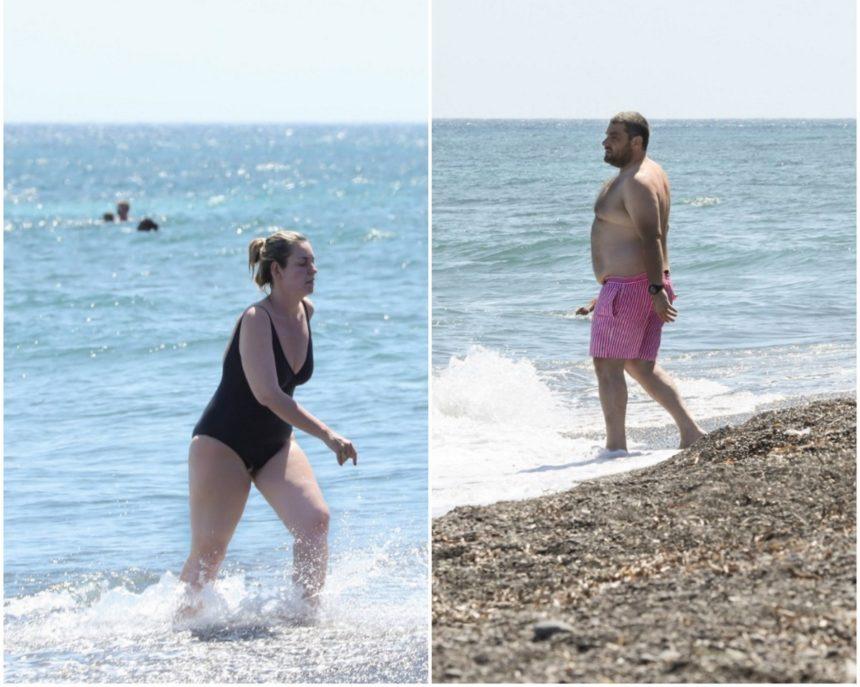 Ελισάβετ Μουτάφη – Μάνος Νιφλής: Ξέγνοιαστες στιγμές σε παραλία της Σαντορίνης! [pics] | tlife.gr