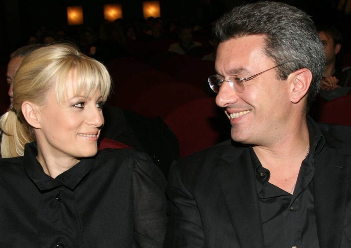 Νίκος Χατζηνικολάου: Φωτογραφίζει την κόρη και την σύζυγό του με τον Στέφανο Τσιτσιπά! | tlife.gr