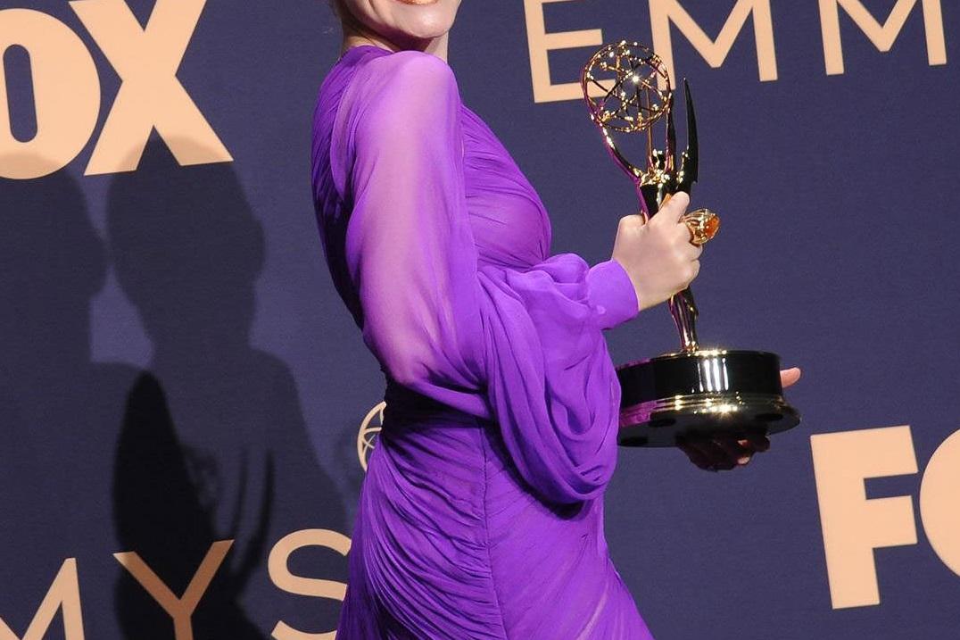 Διάσημη ηθοποιός ευχήθηκε το βραβείο Emmy που κέρδισε να ήταν… σοκολάτα! | tlife.gr
