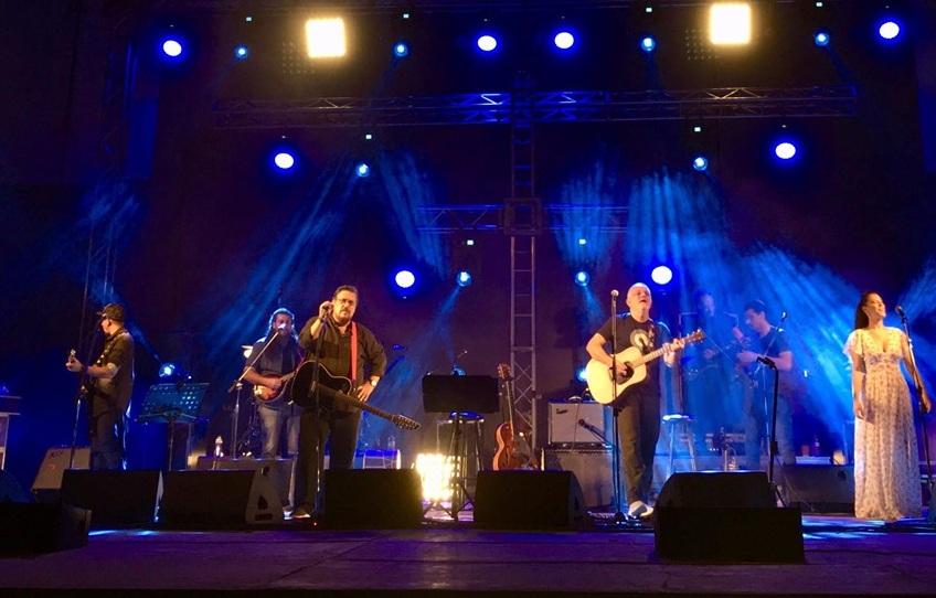 Λαυρέντης Μαχαιρίτσας: Η τελευταία του συναυλία με τον Νίκο Πορτοκάλογλου στο Βόλο! ΒΙΝΤΕΟ | tlife.gr
