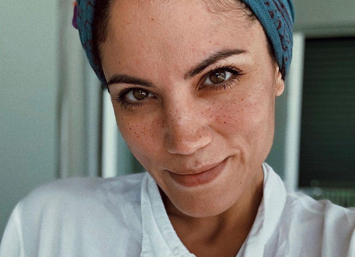 Μαίρη Συνατσάκη: «Κοιμάται» με τον πιο ασυνήθιστο τρόπο! | tlife.gr