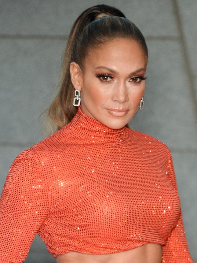 Η Jennifer Lopez με ξανθό κοντό καρέ! | tlife.gr