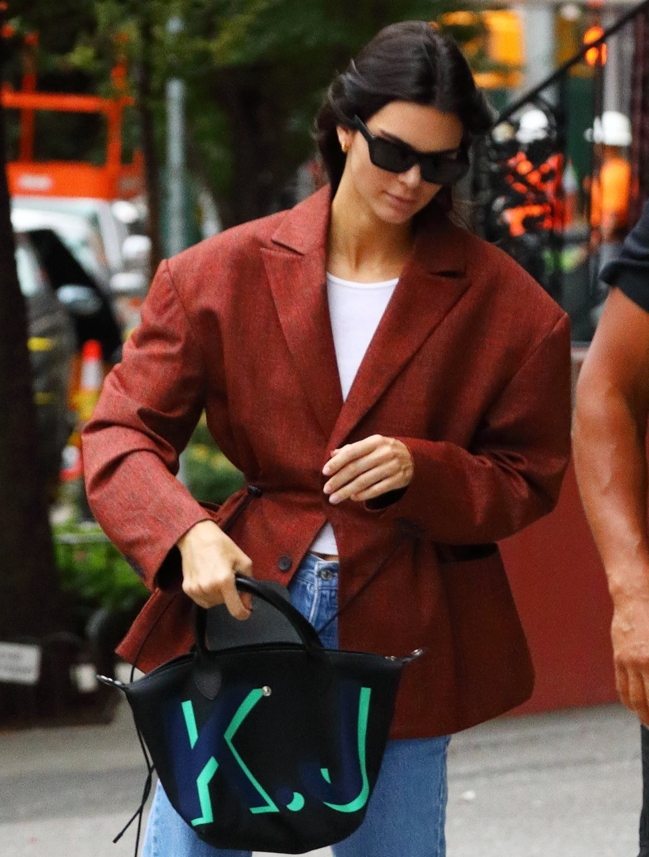 Poll: όλοι θέλουν την Kendall Jenner ξανθιά! Εσύ;