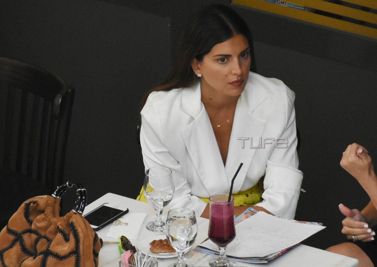Σταματίνα Τσιμτσιλή: Με απόλυτα chic look, σε επαγγελματικό ραντεβού στο Μαρούσι! [pics] | tlife.gr