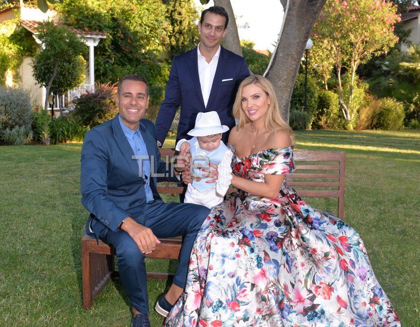 Χριστίνα Αλούπη: Βάφτισε τον οκτώ μηνών γιο της! Φωτογραφίες | tlife.gr