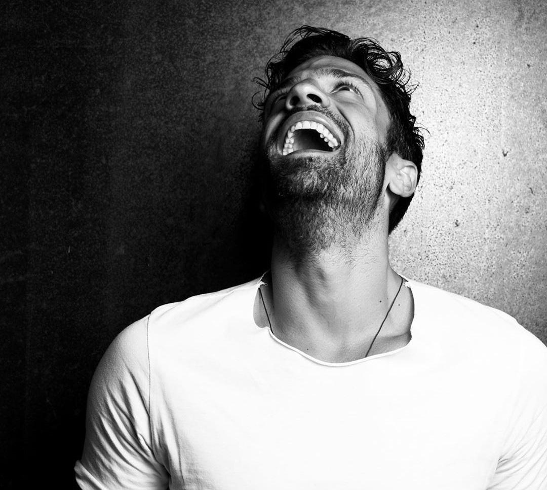 Κωνσταντίνος Αργυρός: «Σαρώνει» το airplay chart με τα «Μαζί Σου» και «Πόσο»! | tlife.gr