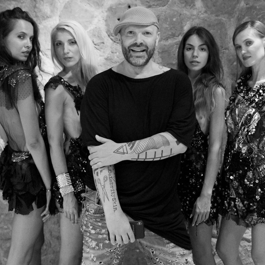 Δημήτρης Στρέπκος: Έξαλλος ο γνωστός σχεδιαστής μόδας με τις δηλώσεις του Πάνου Καλίδη | tlife.gr