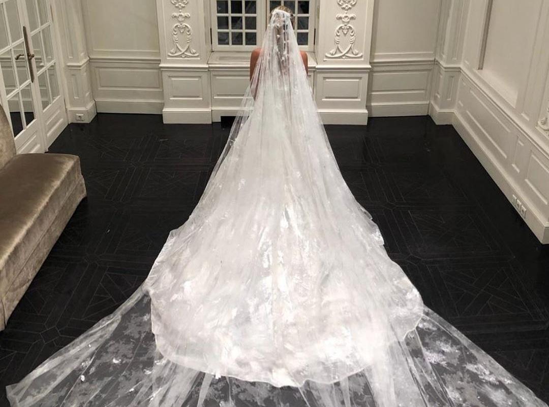 Celia Kritharioti: Mας δείχνει το εκπληκτικό νυφικό που δημιούργησε για τη νύφη της Ναστάζια! [pics] | tlife.gr