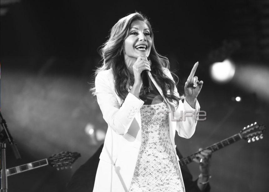 Δέσποινα Βανδή: Το μεγάλο «ευχαριστώ» στη συναυλία «Όλοι μαζί μπορούμε»! | tlife.gr
