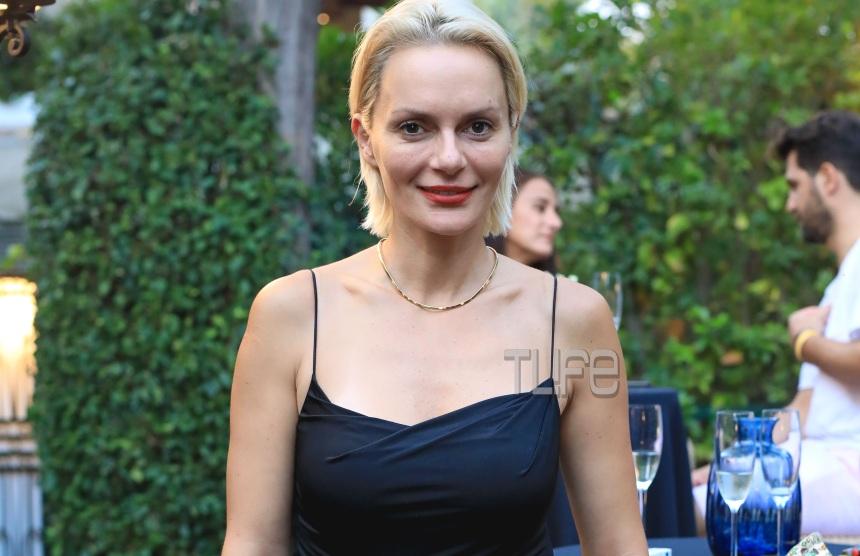 Έλενα Χριστοπούλου: Chic σε βραδινή έξοδο! Φωτογραφίες