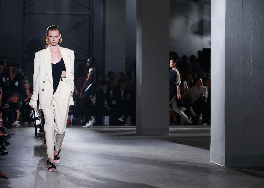 New York Fashion Week 2019: Tι έδειξαν χθες οι μεγάλοι οίκοι στα catwalks | tlife.gr