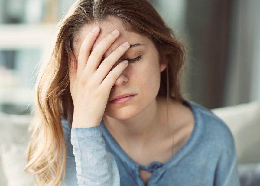 7 φυσικοί τρόποι για να πεις «αντίο» στον πονοκέφαλο | tlife.gr