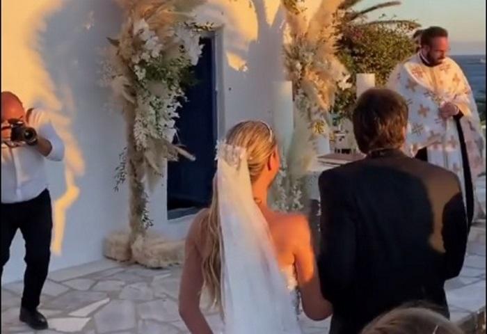 Νίκος Κριθαριώτης – Ναστάζια Δαρίβα: Τα πρώτα βίντεο από το γάμο τους στην Μύκονο! | tlife.gr