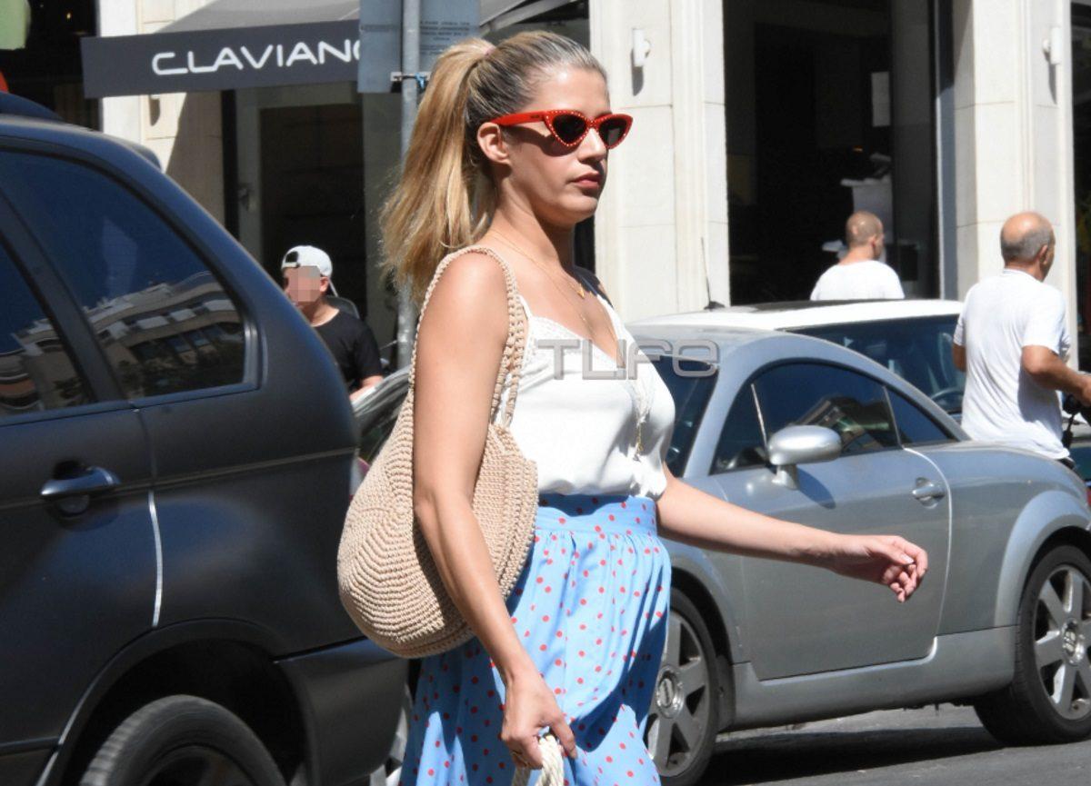 Τζένη Θεωνά: Πρωινή βόλτα για ψώνια στο κέντρο της πόλης! [pics] | tlife.gr
