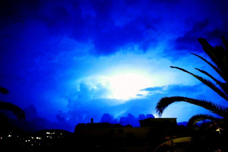 Καιρός αύριο: Bροχές, καταιγίδες και χαλάζι! | tlife.gr