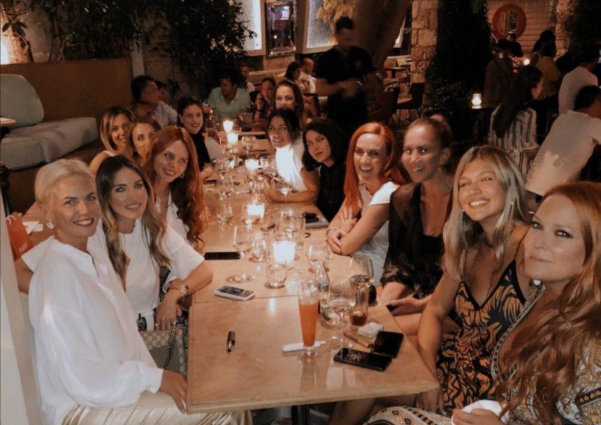 Χριστίνα Κοντοβά: Πάρτι έκπληξη για τα γενέθλιά της από τις διάσημες φίλες της! [video] | tlife.gr