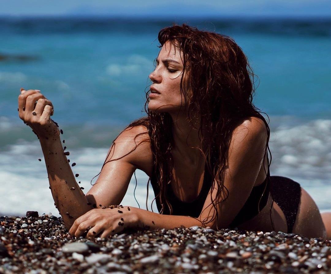 Μαίρη Συνατσάκη: Η «διαφορετική» ανάρτηση στο Instagram – «Ποιοι είστε όλοι εσείς…» | tlife.gr