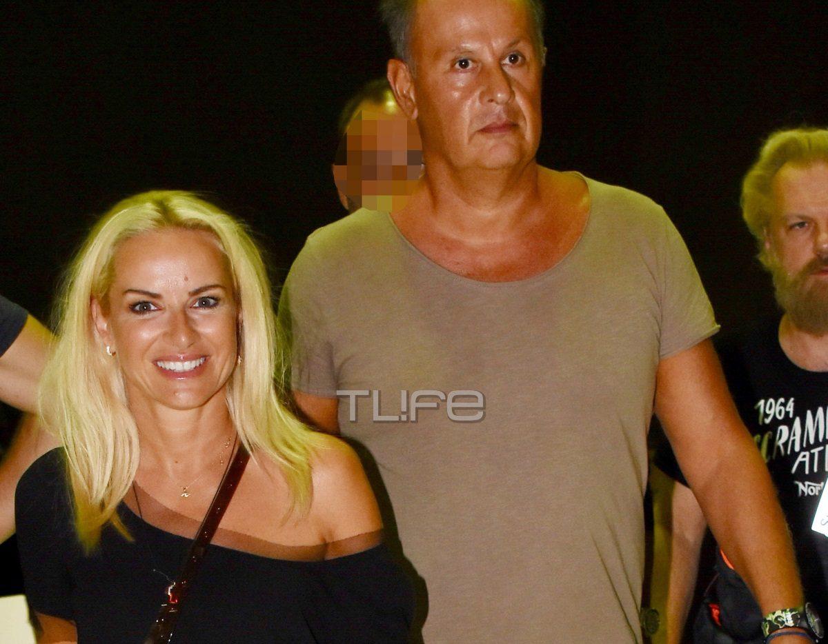 Μαρία Μπεκατώρου – Αντώνης Αλεβιζόπουλος: Μαζί και ερωτευμένοι στη συναυλία του Μαζωνάκη [pics] | tlife.gr