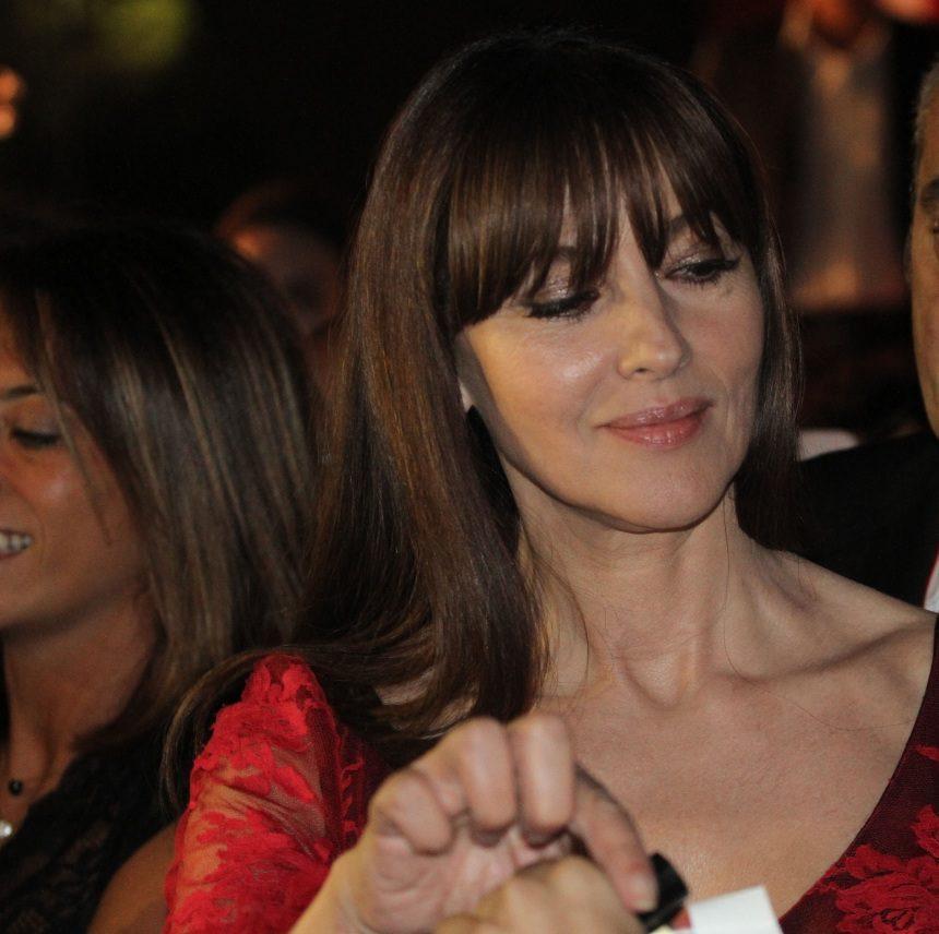 Monica Bellucci: Εκθαμβωτική στα 54 στο Φεστιβάλ της Βενετίας! Φωτογραφίες