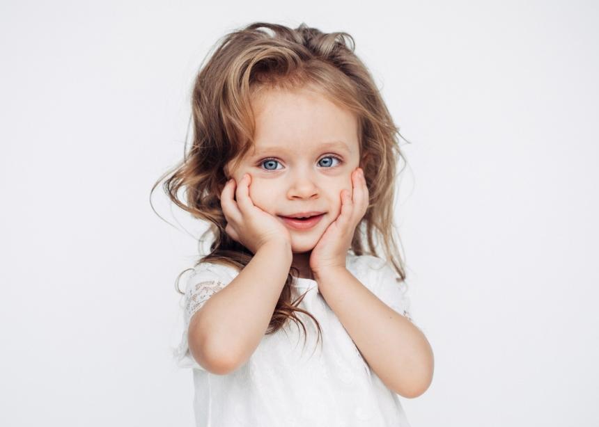 Ψείρες: Πώς θα καταλάβεις ότι τρύπωσαν στο κεφάλι του παιδιού σου και πώς θα τις αντιμετωπίσεις