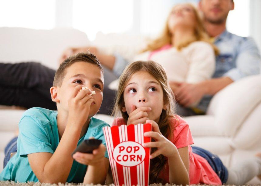 10 all – time classic ταινίες που κάθε παιδί πρέπει να δει πριν ξεκινήσει το σχολείο | tlife.gr