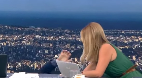 Γιώργος Παπαδάκης: Το απίστευτο ατύχημα στον άερα της εκπομπής! Έπεσε από την καρέκλα