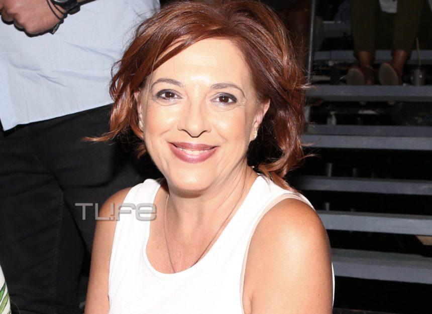 Ελένη Ράντου: Βραδινή έξοδος στο θέατρο με casual look [pics] | tlife.gr