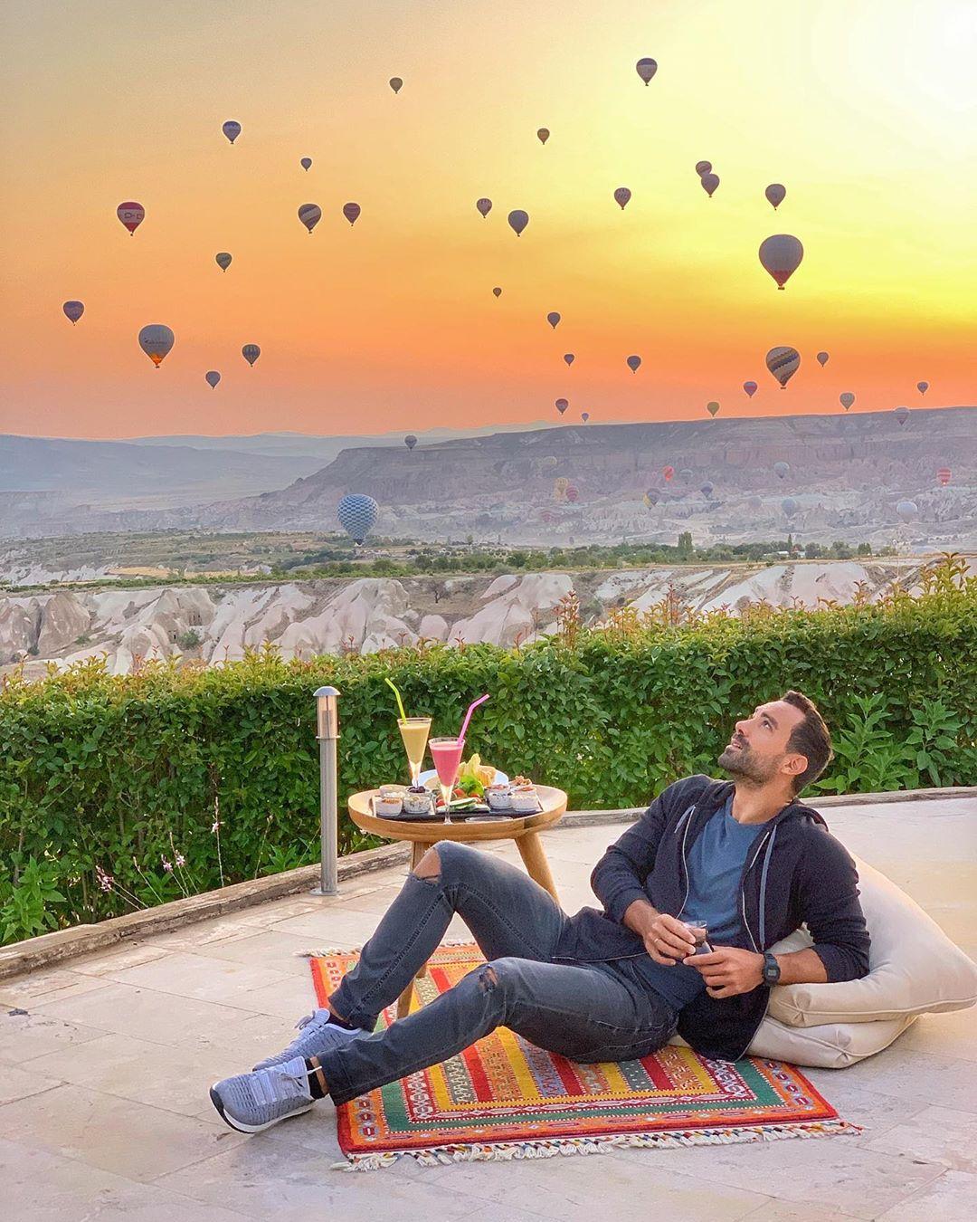 Σάκης Τανιμανίδης - Χριστίνα Μπόμπα: Όλα όσα έκαναν στο μαγικό ταξίδι τους στην Καππαδοκία! [pics,vid]