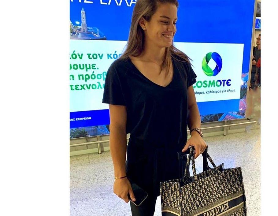 Μαρία Σάκκαρη: Η ακριβή Dior τσάντα της προκάλεσε αντιδράσεις! Η απάντησή της | tlife.gr
