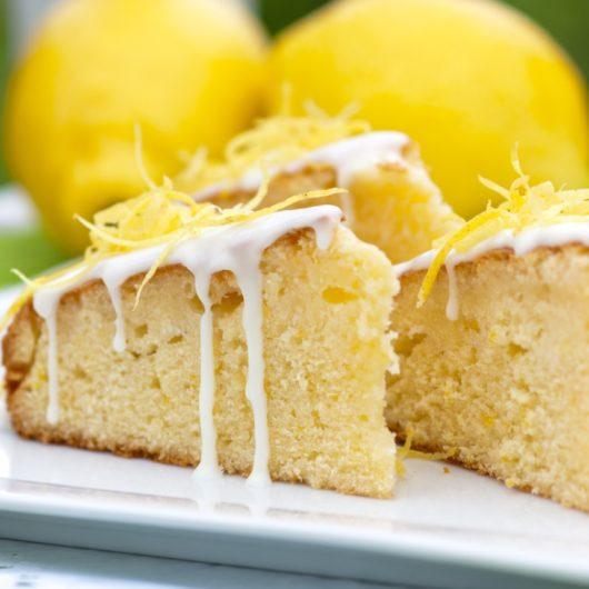 Cake λεμονιού με γιαούρτι | tlife.gr
