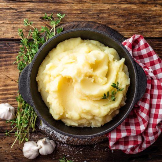 Μαστιχωτός πουρές πατάτας με μουστάρδα | tlife.gr