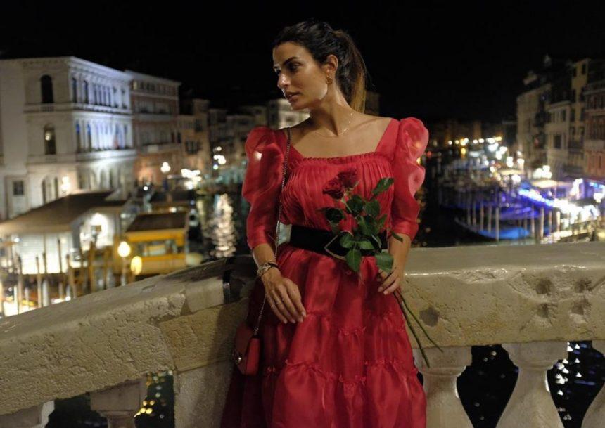 Τόνια Σωτηροπούλου: Το ατμοσφαιρικό video από τις βόλτες της στην πλατεία του Αγίου Μάρκου! | tlife.gr
