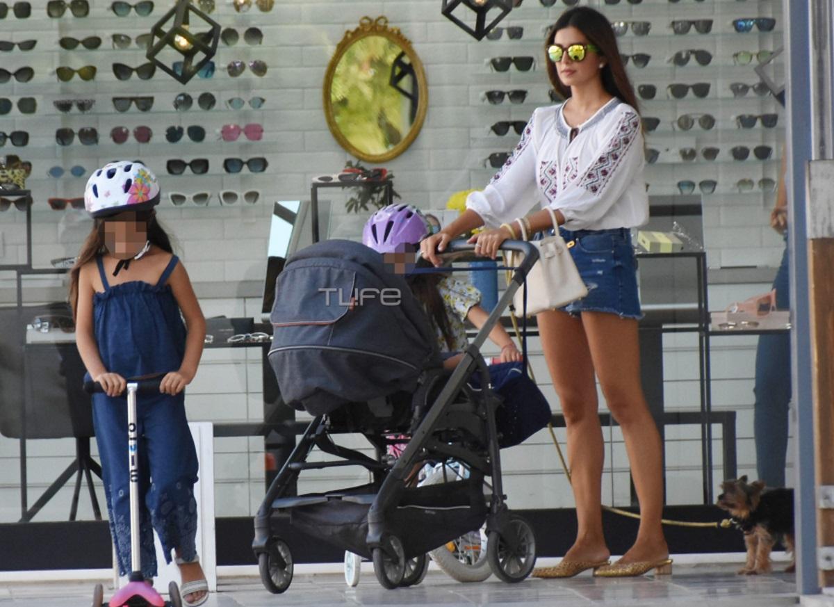 Σταματίνα Τσιτμτσιλή: Πρωινή βόλτα στα βόρεια προάστια μαζί με την οικογένειά της! [pics]