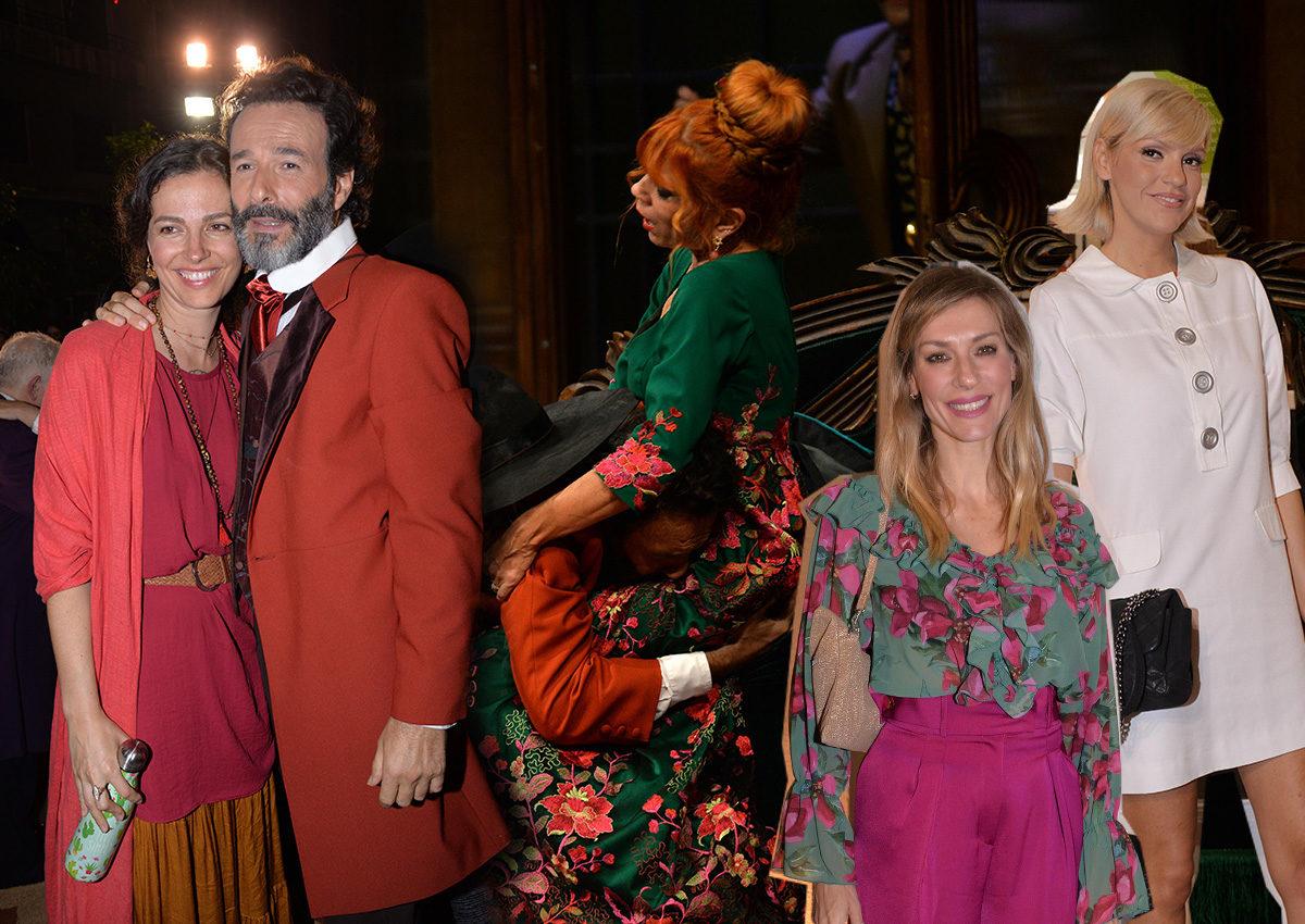 Οι celebrities στην πρεμιέρα της παράστασης «Ψύλλοι στ' αυτιά»! Φωτογραφίες | tlife.gr