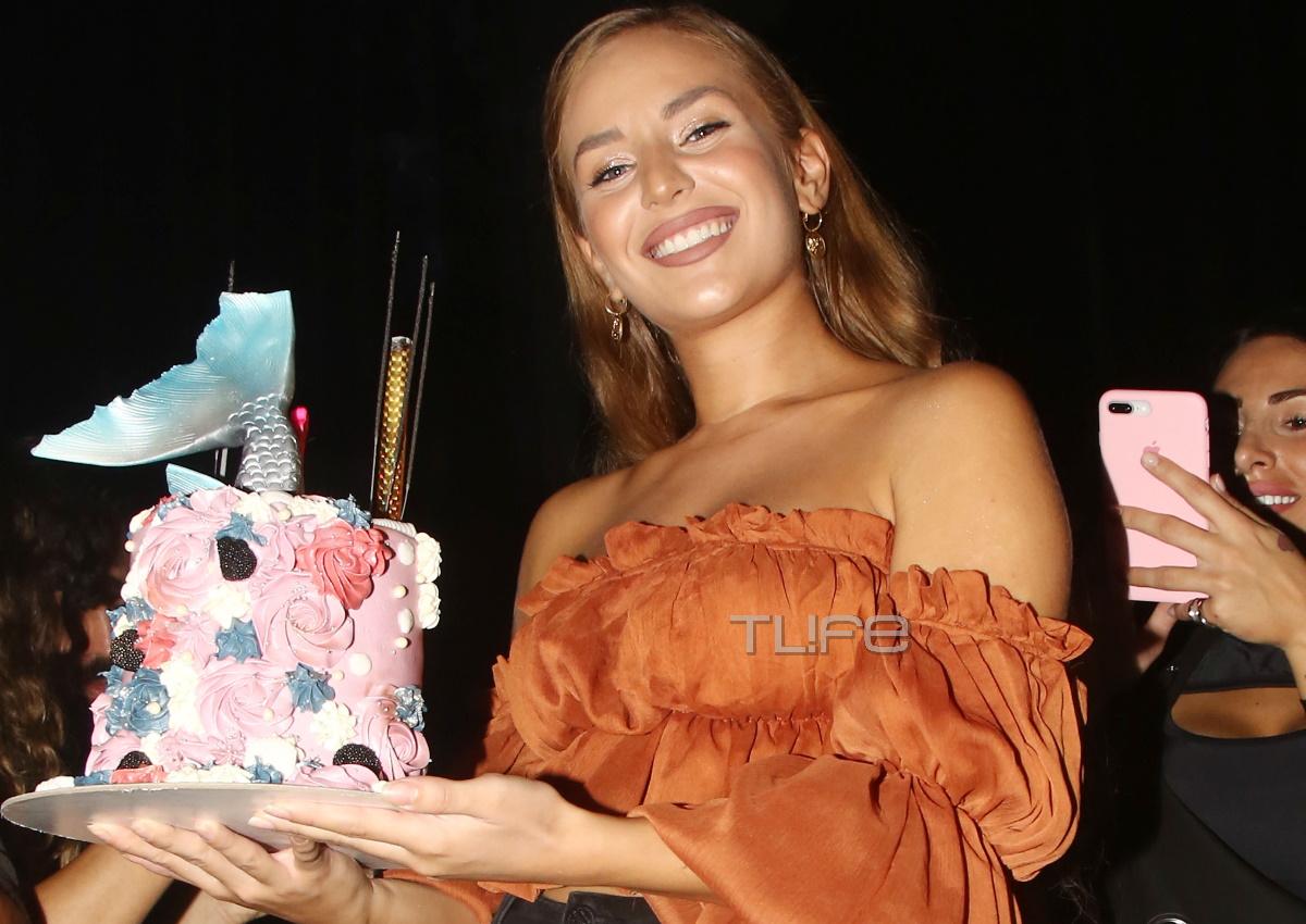 Ανδρομάχη: Η ταλαντούχα τραγουδίστρια γιόρτασε τα γενέθλιά της μαζί με διάσημους φίλους της! [pics]