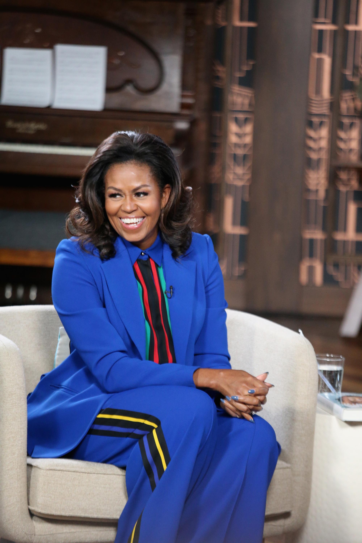 Η Michelle Obama μας έδειξε τις φυσικές μπούκλες της (ξανά)!